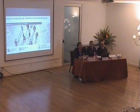 Prof. Dr. Juan Raposo. Profesor Titular da Universidade da Coruña. Grabación lado presentación - Seminario luso-galaico de dereito local. Dereito do Urbanismo